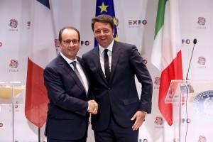 Il presidente Francois Hollande e il premier Matteo Renzi a Expo Milano 2015 per la giornata nazionale della Francia.