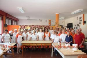 """Grande partecipazione, all'Auser di San Giovanni Suergiu, per """"Su pani fattu in domu – Alla scoperta delle nostre tradizioni""""."""