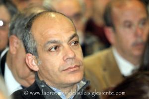 Massimo Melis, candidato a sindaco della lista Sant'Antioco Attiva, ha ufficializzato la lista dei 16 candidati.