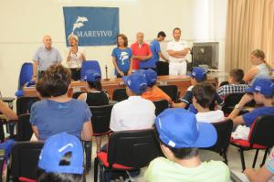 """A Palau gli studenti di La Maddalena sono stati promossi """"Delfini guardiani"""" per tutelare la propria Isola."""