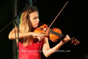 E' sold out il concerto della violinista Anna Tifu che domenica 23 dicembre, a Iglesias, chiude il XX Festival internazionale di musica da camera.