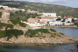 """Lunedì il simulacro della patrona di Stintino sarà portato sull'isola """"madre"""", l'Asinara. A Cala d'Oliva l'arcivescovo di Sassari celebrerà la messa."""