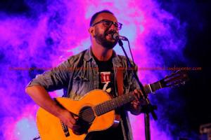 Francesco Piu, cantante e chitarrista sardo presenta, in occasione del Record Store 2018, a Cagliari, il suo nuovo lavoro dal vivo edito dall'Appaloosa.
