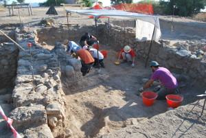 Isthmos e gli scavi archeologici nell'ex area militare di Nora: una miniera di reperti.