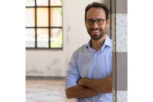 Venerdì 21 agosto, a Iglesias, incontro pubblico con il direttore del MAN Lorenzo Giusti.