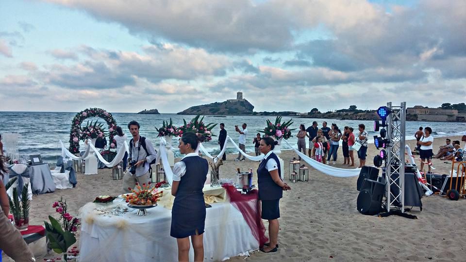 """Matrimonio Spiaggia Pula : E stato un successo l evento """"pula va a nozze nora"""
