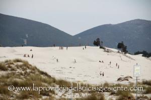 Folla alle dune 9