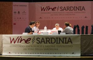 Wine-and-Sardinia-Concorso-2015---commissione