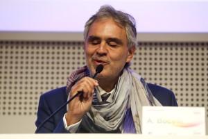 Andrea Bocelli in visita a Expo Milano 2015: «Un evento di grande successo grazie alla volontà degli italiani».