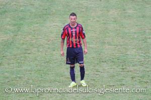 La Monteponi gioca a Elmas senza il tecnico Giampaolo Murru, il Carbonia cerca di allungare la serie positiva a Siliqua.
