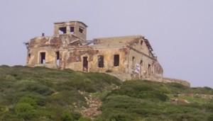 """Tra i dieci fari del progetto """"Cammini e Percorsi"""" dell'accordo Regione-Agenzia Demanio, c'è """"Su Semafuru"""" dell'Isola di Sant'Antioco."""