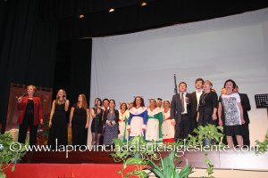 """Straordinario successo, sabato sera, al Cineteatro Mutua di Carloforte, dello spettacolo """"Un Mare di Musica""""."""
