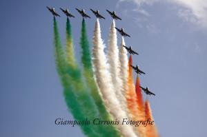 Lo spettacolo delle frecce tricolori.