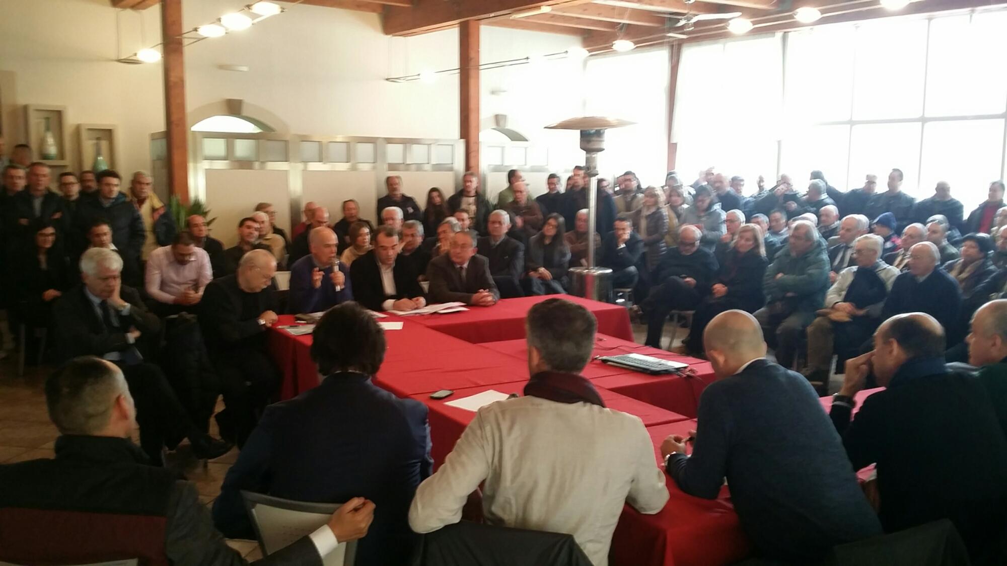 E' in corso, a Sant'Antioco, una tavola rotonda sul Piano Sulcis.