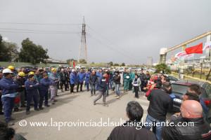 Qualcosa si muove nella difficile vertenza Alcoa e domattina, alle 11.00, assemblea generale ai cancelli dello stabilimento di Portovesme.