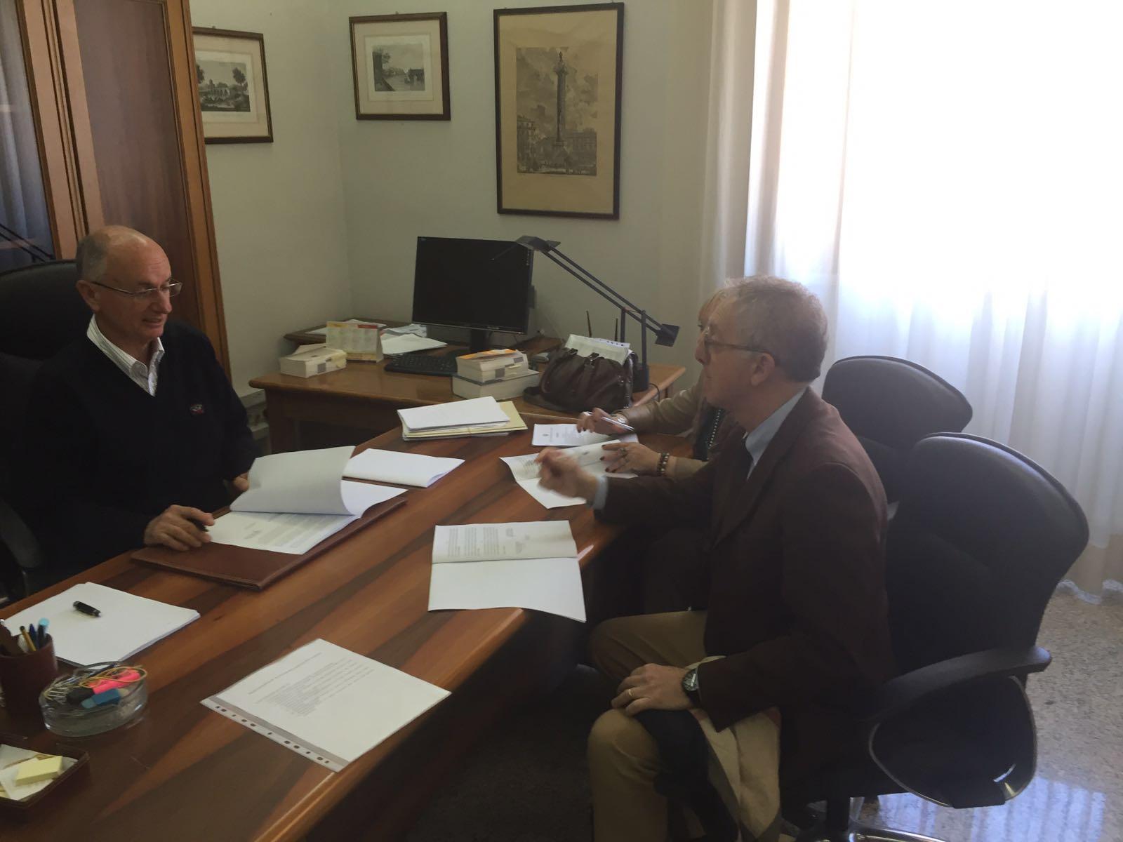 Ufficio Di Esecuzione Penale Esterna : Firmata la convenzione tra aou cagliari tribunale ordinario