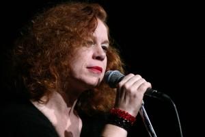 Sarah Jane Morris (mic) (m)