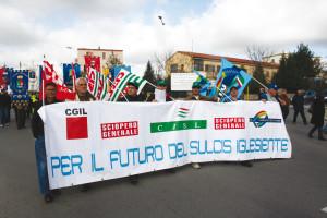 Sciopero di 8 ore, domani 15 giugno, organizzato dalle segreterie dei metalmeccacinici Fsm, Fiom e UIl, con manifestazione e comizio a Cagliari.