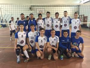 Medaglia d'argento per la squadra maschile di pallavolo del liceo Emilio Lussu di Sant'Antioco, nei campionati studenteschi.