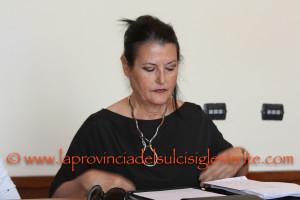 Carbonia: s'è dimessa l'assessore del Personale Paola Argiolas. E' il quinto assessore della Giunta Massidda dimissionario dall'inizio della consiliatura.