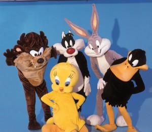 Per tutto agosto gli irresistibili Looney Tunes animeranno i viaggi dei piccoli ospiti sulle navi della Moby.