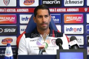 Partenza falsa per il Cagliari di Massimo Rastelli, con il Genoa, nel nuovo campionato di serie A.