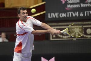 I miti del tennis si sfidano al Porto Cervo Star Tennis Classic.