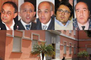 In alto, da sinistra a destra: Marco Massa, Alberto Fois, Massimo Melis, Ignazio Locci, Sergio Busonera.