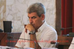 Maurizio Soddu s'è dimesso dalla carica di presidente della Prima commissione del comune di Carbonia.