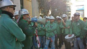 E' improntata alla prudenza la reazione dei lavoratori Eurallumina alla notizia arrivata oggi che ufficializzalo stralcio della centrale a carbone dal progetto della Rusal.