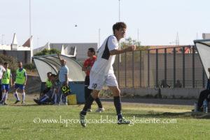 Ultima domenica d'estate, prima domenica della nuova stagione calcistica per le squadre del campionato di Promozione.