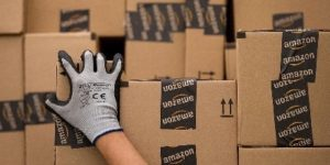 Amazon assume 3.000 addetti al magazzino.