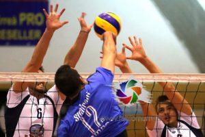 La VBA/Olimpia Sant'Antioco ha vinto 3-0 sul campo della Silvio Pellico Sassari (17-25, 10-25, 17-25) ed ora è quarta in classifica.