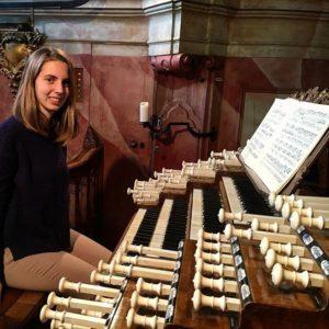 """Ieri è stato presentato a Cagliari il CD """"Musica d'organo nella Sardegna dell'Ottocento"""" in cui protagonista è Francesca Ajossa."""