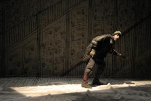 """Da domani a sabato 17 dicembre, alle 21.00, al Teatro delle Saline, a Cagliari, l'Akròama presenta """"Una pietra sopra""""."""