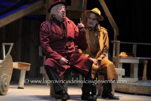 Grande successo di pubblico sabato sera al Teatro Centrale di Carbonia, con la commedia Classe di ferro di Aldo Nicolaj.