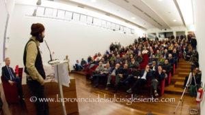 A otto mesi dalla pesantissima sconfitta elettorale delle Amministrative, il centrosinistra a Carbonia avvia la ricostruzione.