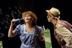 Domenica, al Teatro delle Saline, a Cagliari, prosegue la rassegna di successo per i più piccoli della compagnia Akròama.