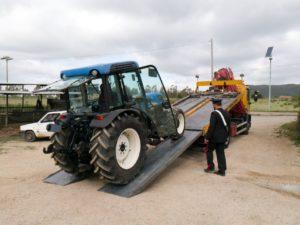 Ieri, giorno di Pasqua, i carabinieri di Nuxis hanno ritrovato a Narcao un trattore rubato sabato nelle campagne di Iglesias.