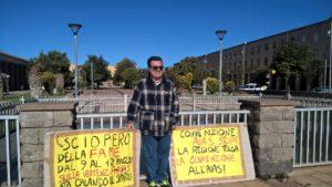 L'Aias ha licenziato Antonello Repetto, il dipendente protagonista di diverse clamorose azioni di protesta con ripetuti scioperi della fame.