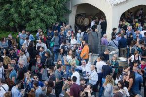 """Con """"Cantine aperte"""", il 27 e 28 maggio in Sardegna si celebrano i 25 anni della """"Festa del vino""""."""
