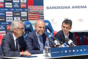 E' stata posata stamane la prima pietra del nuovo stadio provvisorio del Cagliari.