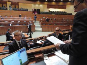Stamane il giuramento dei nuovi consiglieri regionali Gennaro Fuoco (Uds) e Mariano Contu (Fi), sospeso quello di Emanuele Cera (Fi).