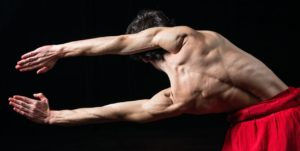 """Prende il via la 3ª edizione della rassegna di danza contemporanea """"Sulle Orme – Il Mediterraneo Il Corpo Il Viaggio""""."""