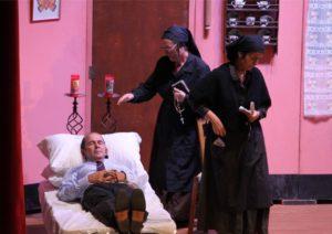 """Sabato sera, a Sant'Antioco, la compagnia Sa Lantia di Rio Murtas rappresenterà la commedia in lingua sarda """"Brullas in Stanghera""""."""