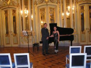 Alle 18.00 nuovo appuntamento con Musei in Musica, la musica del Duo Tramma-Facchini sarà accompagnata dalla poesia dell'arte di Chagall.