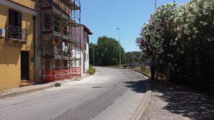 E' stata finalmente riaperta al traffico, questa mattina, la via Cesare Battisti, all'ingresso della città dalla strada provinciale n° 78.