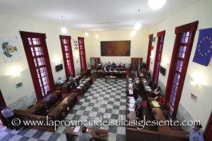 Nuova seduta del Consiglio comunale di Carbonia, oggi alle 14.30, per l'esame degli emendamenti al bilancio di previsione 2019-2021.