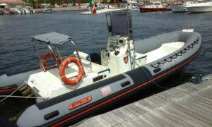 Un giovane di Capoterra è stato sanzionato per aver fatto accesso con un natante nello specchio d'acqua di Capo Zafferano, interdetto alla navigazione.