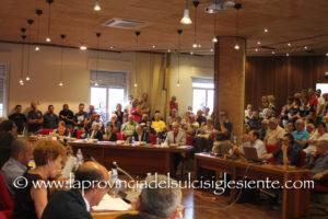 Il sindaco Ignazio Locci ha convocato il Consiglio comunale di Sant'Antioco è convocato in seduta straordinaria, per giovedì 29 novembre, alle 19.00.
